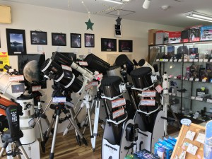 店内には望遠鏡がぎっしり!!